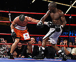 October 10, 2009: Juan Manuel Lopez vs Rogers Mtagwa