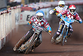 Robert Mear of Lakeside Hammers leads the way - Lakeside Hammers vs Swindon Robins at the Arena Essex Raceway, Pufleet - 18/06/12 - MANDATORY CREDIT: Rob Newell/TGSPHOTO - Self billing applies where appropriate - 0845 094 6026 - contact@tgsphoto.co.uk - NO UNPAID USE..
