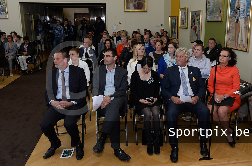20150529 – OOSTENDE , BELGIUM : public pictured during  the 1st edition of the Sparkle  award ceremony , Friday 29 May 2015, in Oostende . The Sparkle  is an award for the best female soccer player during the season 2014-2015 comparable to the Golden Shoe / Gouden Schoen / Soulier D'or for Men . PHOTO DAVID CATRY