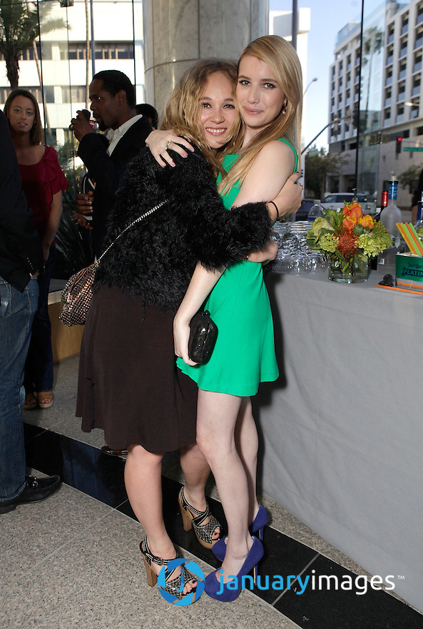 """BEVERLY HILLS, CA - JUNE 06:  Juno Temple and Emma Roberts attend a Fox Searchlight screening Of """"The Art Of Getting By"""" at Clarity Theater on June 6, 2011 in Beverly Hills, California.  (Photo by Todd Williamson/WireImage)"""