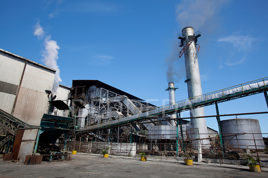Sugar Cane Factory Mill Philippines | Photography by DEDDEDA