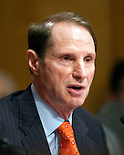 United States Senator Ron Wyden (Democrat of Oregon), a member of the U.S. Senate Finance Committee, questions U.S. Secretary of Health and Human Services (HHS) Kathleen Sebelius during a hearing on the agency's FY 2013 budget proposal on Capitol Hill in Washington, D.C. on Wednesday, February 15, 2012..Credit: Ron Sachs / CNP