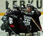Deutscher Eishockey Pokal 2003/2004 , Halbfinale, Arena Nuernberg (Germany) Nuernberg Ice Tigers - Koelner Haie (1:3) Jubel der Koelner Haie
