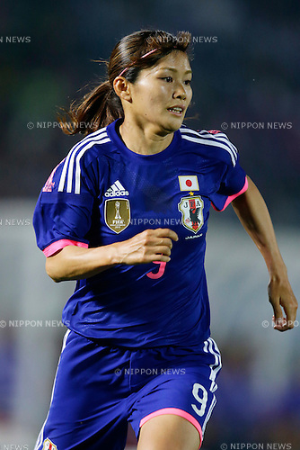 Nahomi Kawasumi (JPN), <br /> MAY 24, 2015 - Football / Soccer : MS&amp;AD Nadeshiko Cup 2015 match between Womens Japan and Womens New Zealand at Marugame stadium, Kagawa, Japan. (Photo by AFLO)
