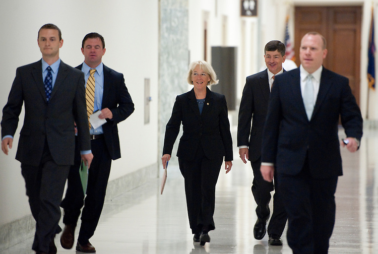 UNITED STATES - SEPTEMBER 8: Sen. Patty Murray, D-Wash., and Rep. Jeb Hensarling, R-Texas, walk through the Rayburn House Office Building as they arrive for the first Joint Deficit Reduction Committee meeting on Thursday, Sept. 8, 2011 (Photo By Bill Clark/Roll Call)