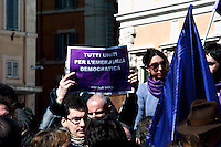 Roma 6 Marzo 2010.Il  'Popolo Viola'  in piazza Montecitorio per protestare  contro il decreto salva-liste per le elezioni regionali  approvato dal Governo Berlusconi..Roma March 6, 2010.The 'Purple People' against the decree-saving lists for regional elections approved by the Berlusconi government
