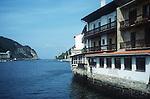 San Juan de Pasajes (bask.: Pasai Donibane)<br /> <br /> 3620 x 2396 px<br /> Original: 35 mm slide transparency