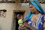 Pakistani woman and her child in Mirpurkhas, Sindh. This area has long been plagued by huge landowners forcing poor families into slavery.