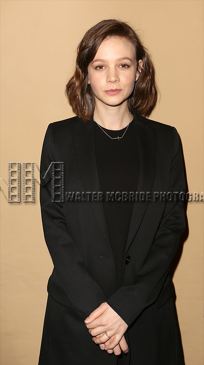 Carey Mulligan attends the 'photo call for the Broadway production of Skylark' at the Golden Theatre on March 10, 2015 in New York City.