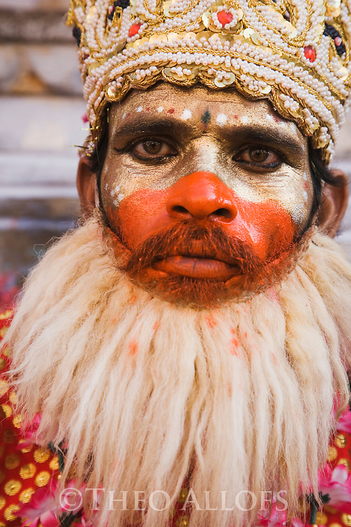 "Indian holy man, ""Saddhu""; these are men who give up the constraints of life to become religious holy men often associated with a particular temple, Pushkar, Rajasthan, India --- Model Released"