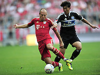 FUSSBALL   1. BUNDESLIGA  SAISON 2011/2012   3. Spieltag FC Bayern Muenchen - Hamburger SV           20.08.2011 Arjen Robben (li, FC Bayern Muenchen) gegen Heung Min Son (re, Hamburger SV)