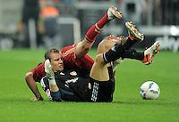 FUSSBALL   1. BUNDESLIGA  SAISON 2011/2012   7. Spieltag FC Bayern Muenchen - Bayer 04 Leverkusen          24.09.2011 Torwart Bernd Leno (Bayer 04 Leverkusen)  gegen Franck Ribery (FC Bayern Muenchen)