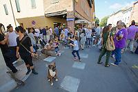 Castelfranco Emilia, Festa di San Nicola - Sagra del Tortellino (Tortellini Festival).<br /> People waiting for the Corteo Storico.