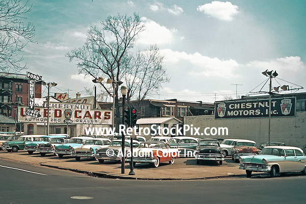 Chestnut Motors used car lot from 1956. PA. Retro Stock Photograph