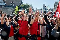 Roma 6 Maggio 2014<br /> Manifestazione dei dipendenti del Comune di Roma, che in migliaia si sono ritrovati in piazza del Campidoglio per partecipare alla protesta contro i tagli ai salari accessori previsti dal Bilancio comunale  appena approvato.<br /> Rome May 6, 2014 <br /> Manifestation of the employees of the City of Rome, that to thousands gathered in the square of the Capitol to participate in the protest against wage cuts fittings for the municipal budget just approved.