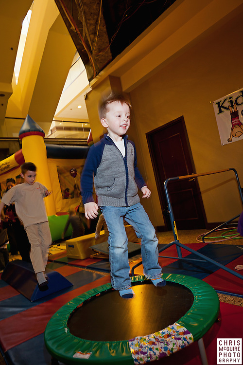02/12/12 - Kalamazoo, MI: Kalamazoo Baby & Family Expo.  Photo by Chris McGuire.  R#30
