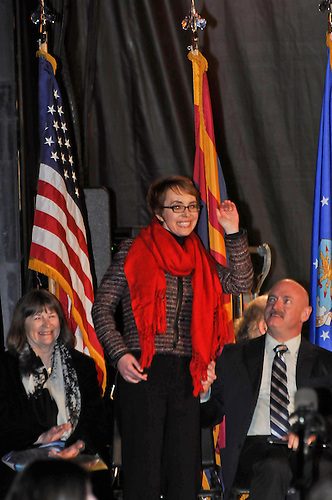 GABBY GIFFORDS COMES HOME TO TUCSON AZ