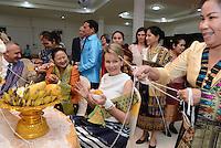 La Reine Mathilde de Belgique assiste &agrave; un d&icirc;ner officiel &agrave; Saravane au Laos, lors d'une mission de trois jours en tant que Pr&eacute;sidente d'Honneur d'Unicef Belgique. Mission dont le but d'accro&icirc;tre la sensibilisation en mati&egrave;re d'&eacute;ducation de qualit&eacute;, en mati&egrave;re de sant&eacute; y compris la sant&eacute; mentale, et sur les probl&eacute;matiques de survie et de la malnutrition des enfants.<br /> Laos, 21 f&eacute;vrier 2017.<br /> Queen Mathilde of Belgium pictured during a ceremony before the official dinner in Saravane, Laos, Tuesday 21 February 2017. Queen Mathilde, honorary President of Unicef Belgium, is on a four days mission in Laos