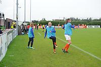 VOETBAL: HEERENVEEN: 20-09-2015, Sportpark Skoatterw&acirc;ld, Itali&euml;-Nederland, Vrouwenvoetbal EK Kwalificatie onder 19 jaar, Lysanne van der Wal (midden) op de bank als wissel, uitslag 1-1,<br /> &copy;foto Martin de Jong