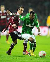 FUSSBALL   1. BUNDESLIGA    SAISON 2012/2013    17. Spieltag   SV Werder Bremen - 1. FC Nuernberg                     16.12.2012 Markus Feulner (li, 1 FC Nuernberg) gegen Eljero Elia (re, SV Werder Bremen)