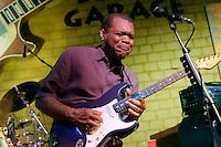 2011-08-02 Robert Cray Bluesgarage