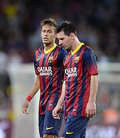 FUSSBALL  INTERNATIONAL  PRIMERA DIVISION  SAISON 2013/2014   10. Spieltag  El Clasico   FC Barcelona - Real Madrid         26.10.2013 Neymar (li, Barca) und Lionel Messi (re, Barca) nachdenklich
