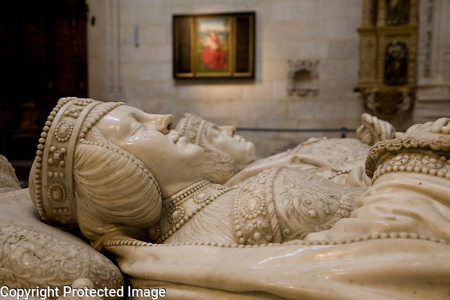 Effigies of High Constable Don Pedro Fernandez de Velasco and Dona Mencia de Mendoza y Figueroa in Constable Chapel, Cathedral, Burgos, Spain
