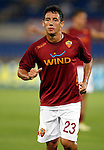 Calcio, Serie A: Roma-Catania. Roma, stadio Olimpico, 26 agosto 2012..AS Roma defender Ivan Piris, of Paraguay, warms up prior to the start of the Italian Serie A football match between AS Roma and Catania, at Rome, Olympic stadium, 26 August 2012. .UPDATE IMAGES PRESS/Isabella Bonotto