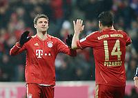 FUSSBALL   1. BUNDESLIGA  SAISON 2012/2013   27. Spieltag   FC Bayern Muenchen - Hamburger SV    30.03.2013 JUBEL FC Bayern Muenchen; Thomas Mueller (li) und Claudio Pizarro