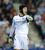 FUSSBALL  SUPERCUP  FINALE  2013  in Prag    FC Bayern Muenchen - FC Chelsea London          30.08.2013 Torwart Petr Cech (FC Chelsea)