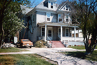 UNDATED..Conservation.Colonial Place-Riverview...212 East 40th Street BEFORE...NEG#.NRHA#..