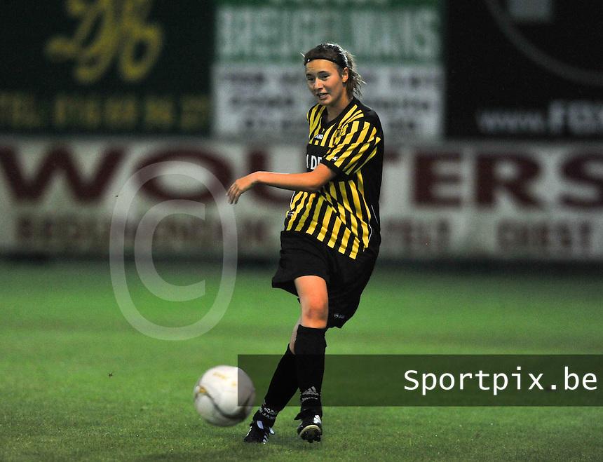 WD Lierse SK - Beerschot Dames : Daphne Verwater.foto JOKE VUYLSTEKE / Vrouwenteam.be