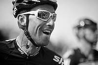 Giro d'Italia stage 13.Savano-Cervere: 121km..Bernie Eisel watching Cav win in replay