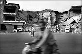 Kabul, August - September 2002 Afghanistan<br /> After 23 years of constant war Afghanistan tries to stand on its feet. There is a feeling of relative peace in the country. Life slowly returns to normal for the civilian population. <br /> ( &copy; Filip Cwik / Napo Images dla Newsweek Polska )<br /> <br /> Kabul sierpien - wrzesien 2002 Afganistan.<br /> Po 23 latach nieustajacych wojen Afganistan probuje stanac na nogi. W kraju panuje wzgledny pokoj. Ludnosc cywilna powoli wraca do normalnego zycia. <br /> ( &copy; Filip Cwik / Napo Images dla Newsweek Polska )