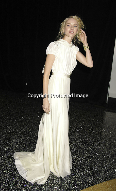 """Naomi Watts ..at The World Premier of Universal Pictures """" King Kong"""" ..on December 5, 2005 at The Loews E-Walk. ..Photo by Robin Platzer, Twin Images"""