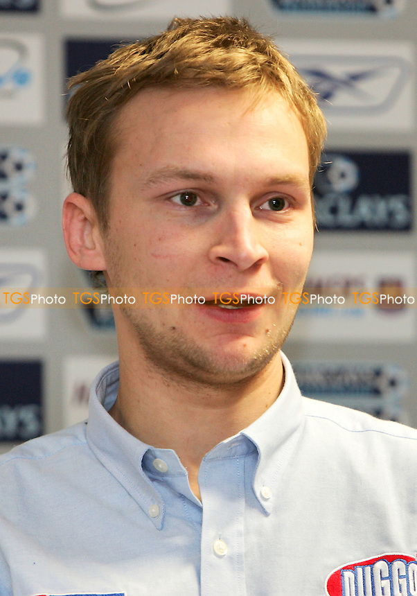 Joonas Kylmakorpi - Arena Essex Hammers Press Conference - 13/03/06 - (Gavin Ellis 2006)