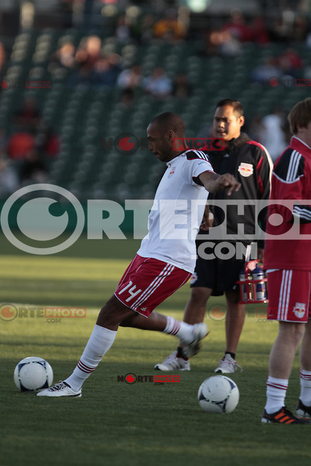 Thierry Daniel Henry (born 17 August 1977) is a French footballer who plays as a striker for New York Red Bulls in Major League Soccer.<br />