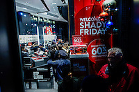 People search for promotions during Black friday in New York.  10.28.2014. Eduardo Munoz Alvarez/VIEWpress
