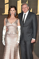 LONDON, UK. November 21, 2016: Director Robert Zemeckis &amp; wife Leslie Zemeckis at the &quot;Allied&quot; UK premiere at the Odeon Leicester Square, London.<br /> Picture: Steve Vas/Featureflash/SilverHub 0208 004 5359/ 07711 972644 Editors@silverhubmedia.com