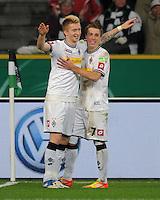 Fussball DFB Pokal:  Saison   2011/2012  Achtelfinale  21.12.2011 Borussia Moenchengladbach - FC Schalke 04 Jubel nach dem Tor zum 2:0. Marco Reus, Patrick Herrmann (v. li., Borussia Moenchengladbach)