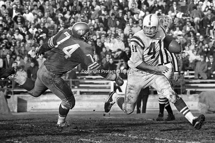 Baltimore Colts Tom Matte running, San Francisco 49er Clark Miller give chase..(1966 photo/Ron Riesterer)