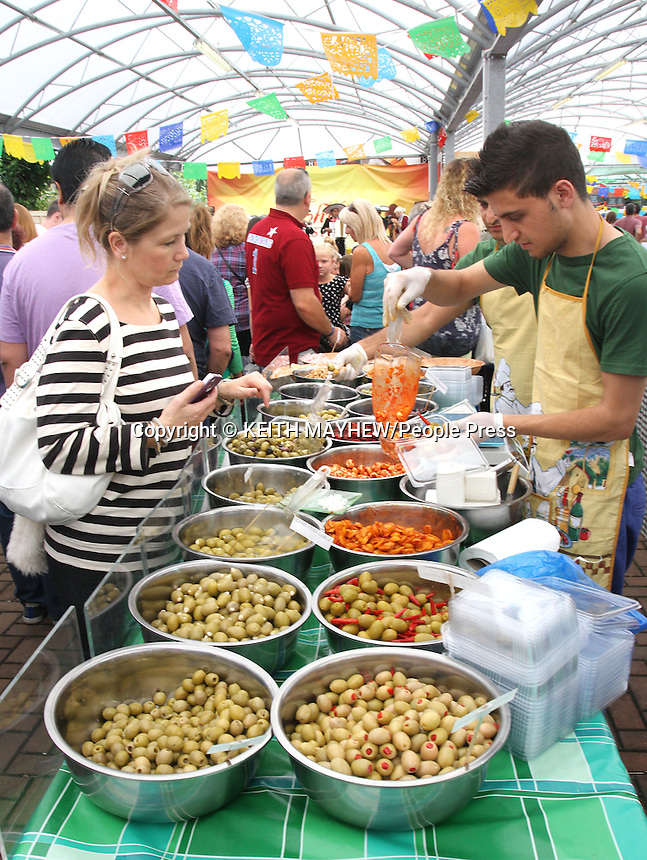 Chilli Festival at Frosts Garden Centre, Woburn Sands nr Milton Keynes, Bucks, UK - August 25th 2013<br /> <br /> Photo by Keith Mayhew