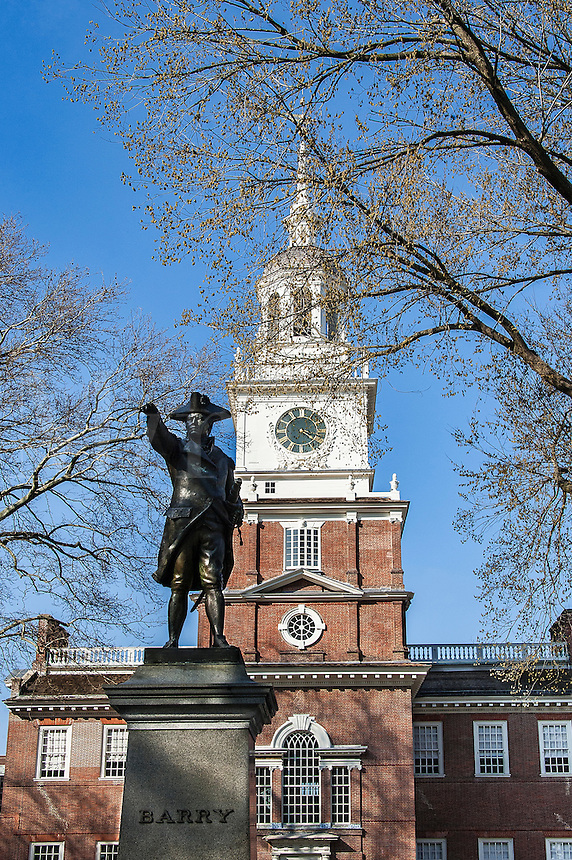 Independence Hall, Philadelphia and Barry statue, Pennsylvania, USA