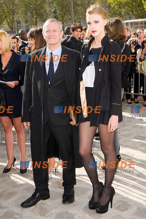 Francis Huster et Gaia Weiss .Parigi 28/9/2012 .Fashion Week. Dior. Arrivi.Foto JB Autissier / Panoramic / Insidefoto.ITALY ONLY
