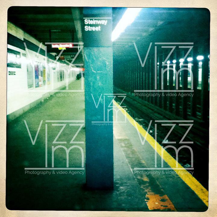 NEW YORK-20-11-2011. Recorrido por el metro de New York. Una vista mas de la capital del mundo. Tour  in the New York subway. Another view of capital world. Photo: Vizzorimage