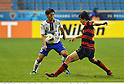 Daiki Niwa (Gamba), Park Hee-Chul (Steelers),.MAY 2, 2012 - Football / Soccer :.AFC Champions League Group E match between Pohang Steelers 2-0 Gamba Osaka at Pohang Steel Yard in Pohang, South Korea. (Photo by Takamoto Tokuhara/AFLO)