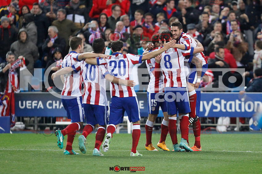 Atletico de Madrid´s Mandzukic celebrates a goal with his mates during Champions League soccer match between Atletico de Madrid and Olympiacos at Vicente Calderon stadium in Madrid, Spain. November 26, 2014. (ALTERPHOTOS/Victor Blanco) /NortePhoto