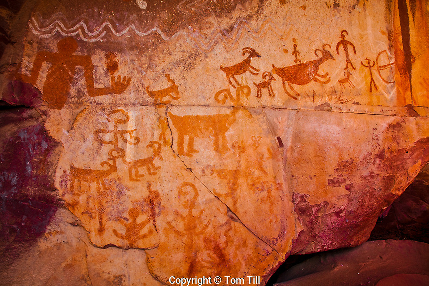 Ancestral Puebloan rock art, Colorado Plateau, Arizona,   Ancient rock paintings  near SEdona