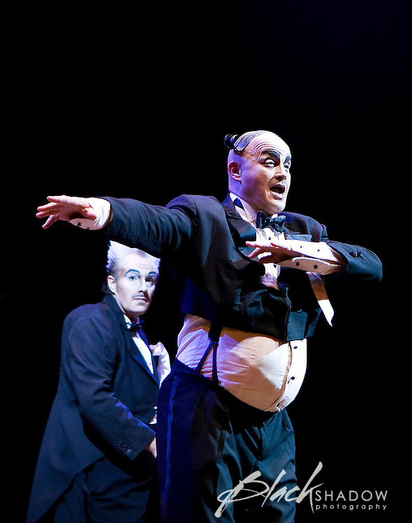Cirque Du Soleil, Dralion performance in Melbourne, Australia