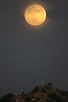 Luna oct26